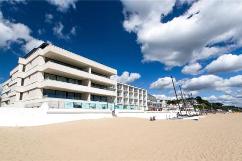 ACE Penthouse, 17-21 Banks Road, Sandbanks, BH13. 4 bedroom penthouse