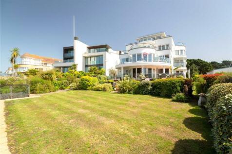 Apartment 2, 10 Panorama Road, Sandbanks, Poole, BH13. 3 bedroom apartment
