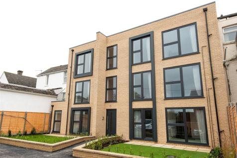 Bearings House, 580 - 586 Ashley Road, Parkstone, Dorset, BH14. 2 bedroom apartment