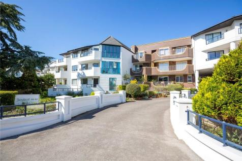 Showboat, 58-62 Banks Road, Sandbanks, Poole, BH13. 2 bedroom apartment