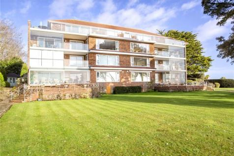 Flaghead, 22 Cliff Drive, Poole, Dorset, BH13. 3 bedroom apartment