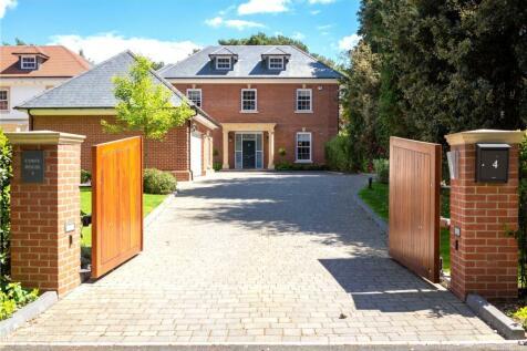 Bingham Avenue, Evening Hill, Poole, Dorset, BH14. 4 bedroom detached house