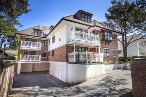 Gulls Ridge, 63 Panorama Road, Poole, Dorset, BH13. 3 bedroom apartment