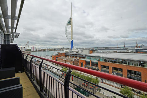 Brecon House, Gunwharf Quays, Portsmouth. 3 bedroom penthouse for sale