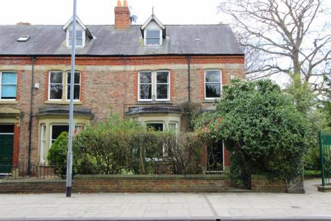Grange Road, Darlington. 6 bedroom town house for sale
