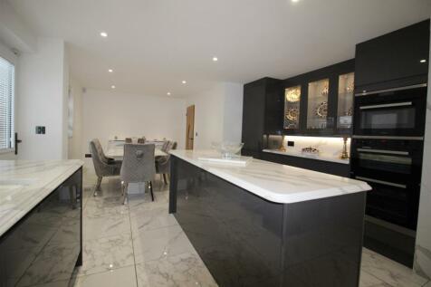 Neasham Road, Darlington. 4 bedroom detached house for sale