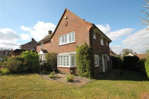 Downland Close, Epsom, Surrey, KT18. 3 bedroom semi-detached house