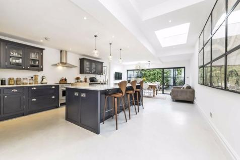 Norfolk House Road, Streatham. 4 bedroom terraced house for sale