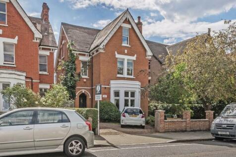 Gleneldon Road, Streatham. 8 bedroom house for sale