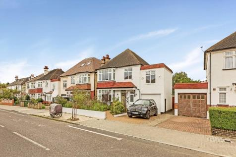 Hoadly Road, London, SW16. 4 bedroom detached house for sale