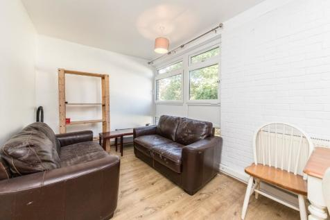 Pathfield Road, London, SW16. 3 bedroom flat