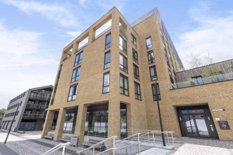 Chivers Passage, Wandsworth. 3 bedroom flat