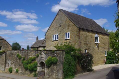 Bobble Court, Little Rissington, Gloucestershire. 3 bedroom detached house