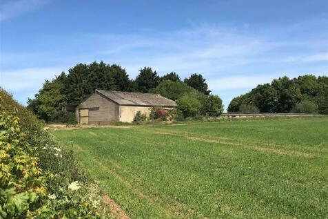 Lyneham Road, Churchill, Oxfordshire. Farm land