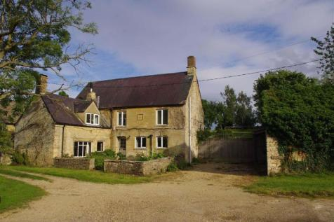 Upper Milton, Chipping Norton, Oxfordshire. 4 bedroom detached house