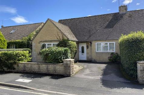 Letch Hill Drive, Bourton-on-the-Water, Gloucestershire. 4 bedroom semi-detached bungalow