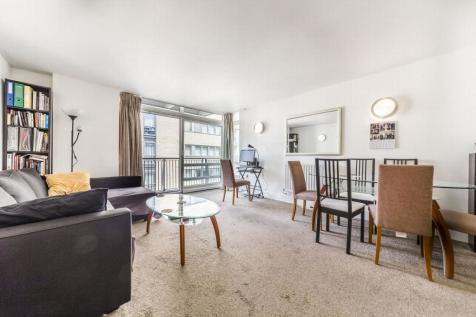 Lowry House, Cassilis Road, Canary Wharf, London, E14. 2 bedroom apartment