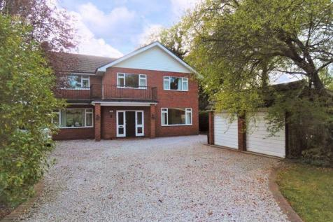 Bookham. 5 bedroom detached house for sale