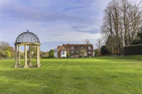 Bookham. 3 bedroom house for sale