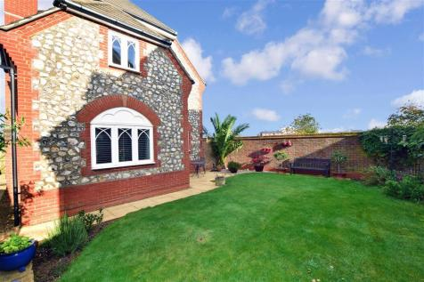 Diana Walk, Kings Hill, West Malling, Kent. 5 bedroom detached house for sale