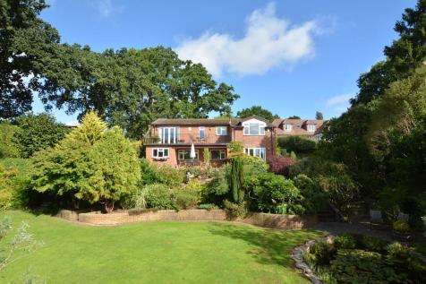Wesley Road, Wimborne. 4 bedroom detached house