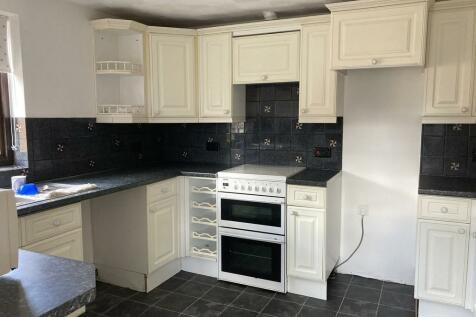 Glemsford, Sudbury, Suffolk.. 3 bedroom apartment