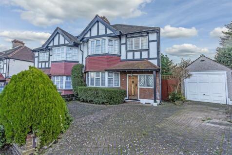 Summerville Gardens, Cheam, Sutton. 3 bedroom semi-detached house
