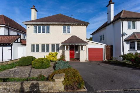 Salisbury Avenue, Cheam, Sutton. 4 bedroom detached house for sale