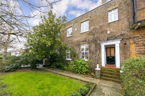 Park Road, Hampton Wick, Kingston upon Thames, KT1. 7 bedroom house for sale