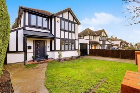 Warren Road, Banstead. SM7 1LG. 3 bedroom detached house for sale