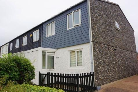 Limes Avenue, Chigwell, Essex, IG7. 3 bedroom end of terrace house