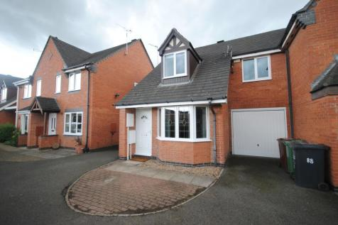 Kingfisher Road, Mountsorrel, Loughborough, LE12. 3 bedroom semi-detached house