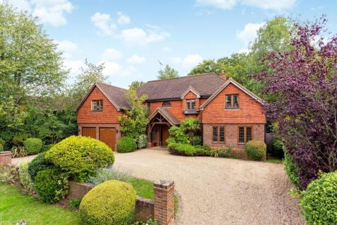 Leigh Place, Cobham, Surrey, KT11. 6 bedroom detached house