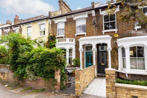 Highbury Hill, London, N5. 4 bedroom terraced house for sale
