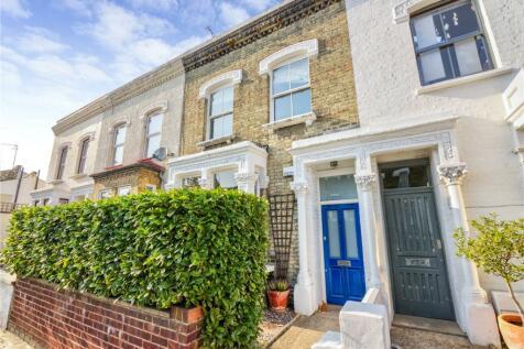 Gillespie Road, London, N5. 4 bedroom terraced house