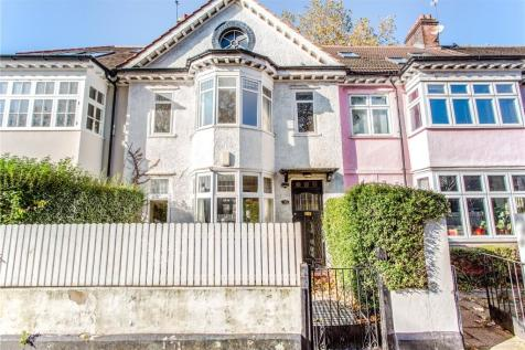 Petherton Road, London, N5. 3 bedroom terraced house for sale