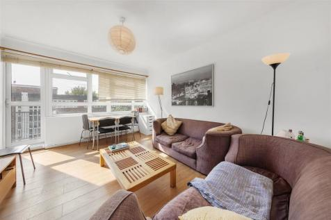 Westbourne Grove, W11. 3 bedroom flat