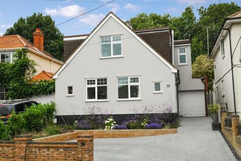 Crown Road, Billericay, CM11. 4 bedroom detached house