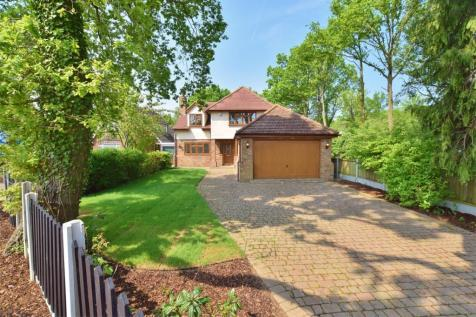 Outwood Common Road, Billericay, CM11. 5 bedroom detached house