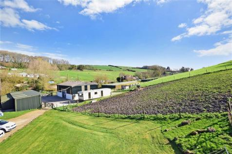 New Barn Lane, Gatcombe, Newport, Isle of Wight. 5 bedroom detached house for sale
