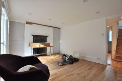 New Road, London E1. 1 bedroom flat