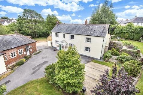 Stoney Lane, Axminster, Devon. 8 bedroom detached house