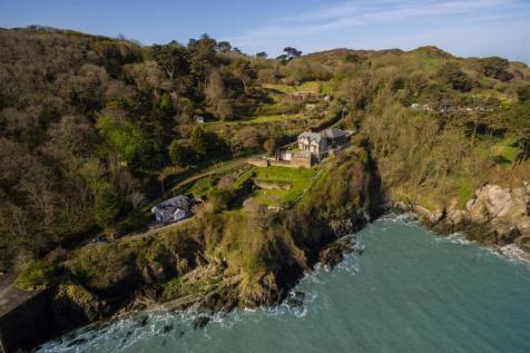 Lee, Nr Woolacombe. 7 bedroom detached house for sale
