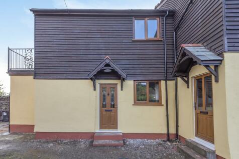 Presteigne, Powys, LD8. 2 bedroom semi-detached house