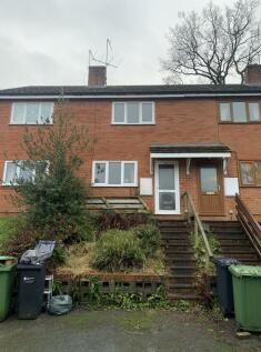 Kington, Herefordshire, HR5. 2 bedroom terraced house