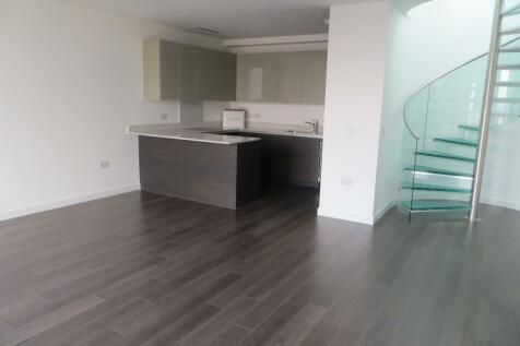 Tennyson Apartments, Saffron Central Square, Croydon, CR0 2FY. 2 bedroom penthouse for sale