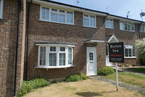 Barnes Close, Sturminster Newton. 3 bedroom terraced house