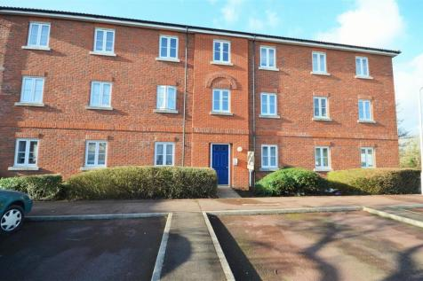 Field Close, Sturminster Newton. 1 bedroom apartment