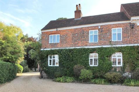 Bradbourne Vale Road, Sevenoaks, Kent, TN13. 2 bedroom semi-detached house