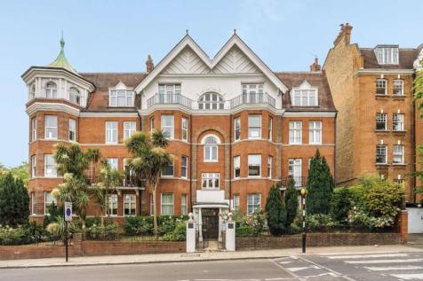 West End Lane, West Hampstead. 3 bedroom flat for sale